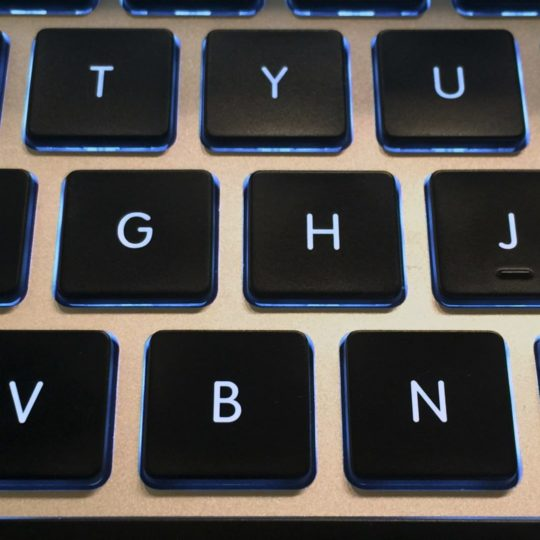 Black keyboard MacBook Android SmartPhone Wallpaper