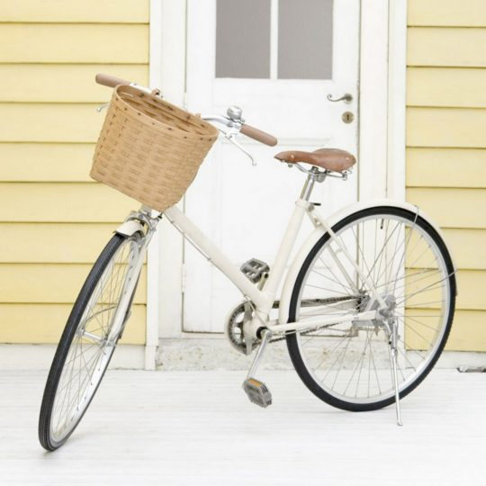 Bicycles white Android SmartPhone Wallpaper