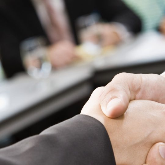 Hand handshake people business Android SmartPhone Wallpaper