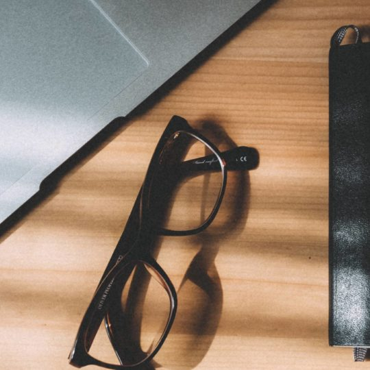 MacBook glasses notebook Android SmartPhone Wallpaper