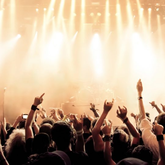 Live venue crowd Android SmartPhone Wallpaper