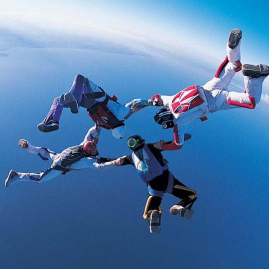 Chara Sky Diving Android SmartPhone Wallpaper