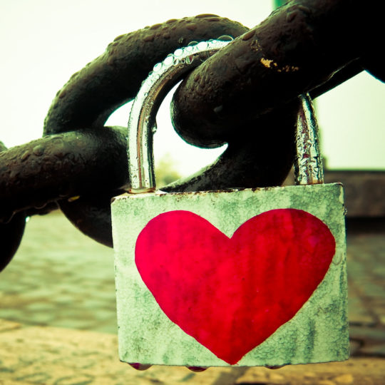 For women Heart lock Android SmartPhone Wallpaper
