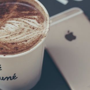 Coffee food women for the iPhone Apple Watch photo face Wallpaper