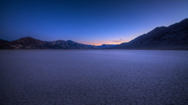 Landscape lake drought mountain Desktop PC / Mac Wallpaper