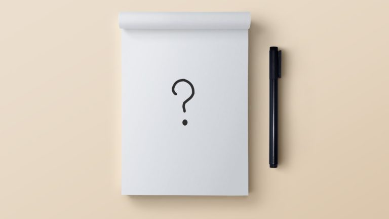 Notes pen? White Desktop PC / Mac Wallpaper