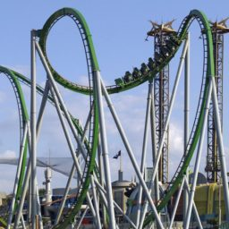 Landscape roller coaster iPad / Air / mini / Pro Wallpaper