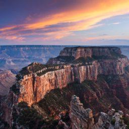 Rocky mountain landscape iPad / Air / mini / Pro Wallpaper