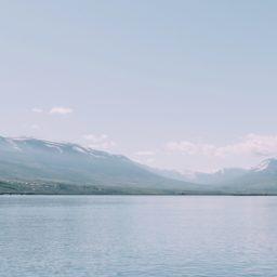 Landscape white blue mountain sea iPad / Air / mini / Pro Wallpaper