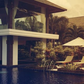 Bali Hotel iPhone5s / iPhone5c / iPhone5 Wallpaper