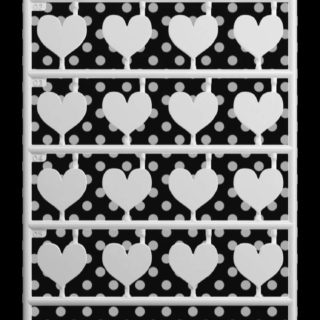 For girls cute black-and-white dot shelf Heart iPhone5s / iPhone5c / iPhone5 Wallpaper