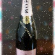 Moet et Chandon champagne iPhone8 Wallpaper