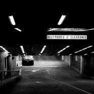 Landscape parking black iPhone8 Wallpaper