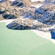 Snowy mountain landscape iPhone8 Wallpaper
