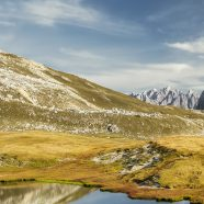Mac Yosemite landscape mountain lake iPhone8 Wallpaper