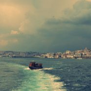 Landscape sea ship iPhone8 Wallpaper
