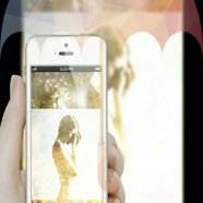smartphone women iPhone8 Wallpaper