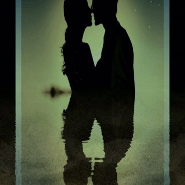 Couple kiss iPhone8 Wallpaper
