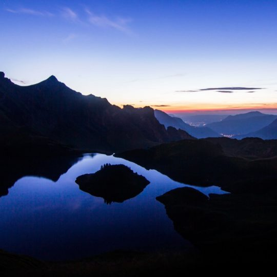 paisaje de las montañas Fondo de Pantalla SmartPhone para Android