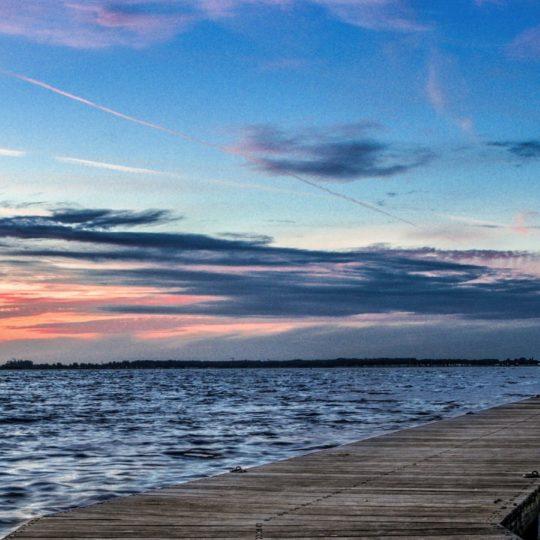 Paisaje de mar muelle de la puesta del sol Fondo de Pantalla SmartPhone para Android