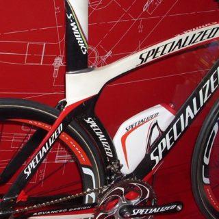 bicicletas rojo Fondo de pantalla iPhone SE / iPhone5s / 5c / 5