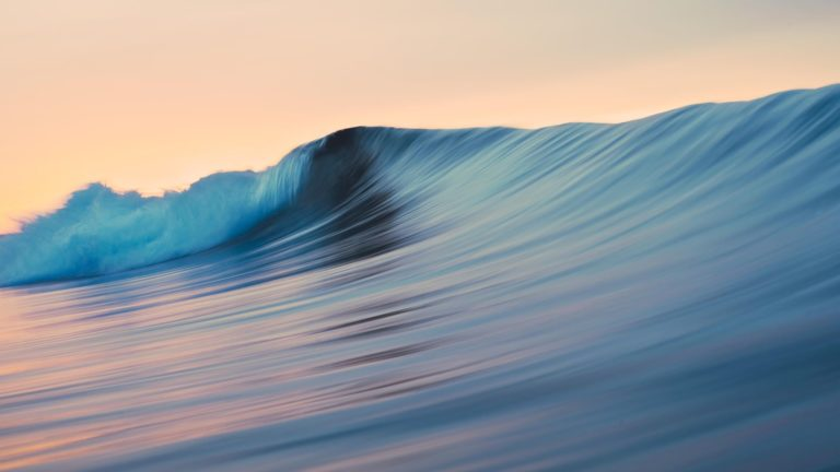 Pemandangan laut surfing Mavericks keren Desktop PC / Mac Wallpaper