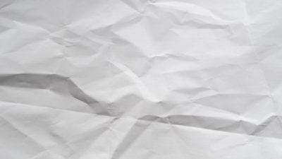 Keren tekstur kertas kusut putih
