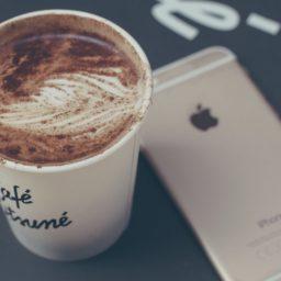 perempuan makanan kopi untuk iPhone iPad / Air / mini / Pro Wallpaper