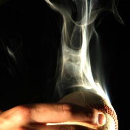煙黒野球ボールの iPad / Air / mini / Pro 壁紙