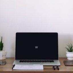 インテリアデスクMacBookProスピーカーの iPad / Air / mini / Pro 壁紙