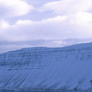 風景雪山白の iPhone4s 壁紙