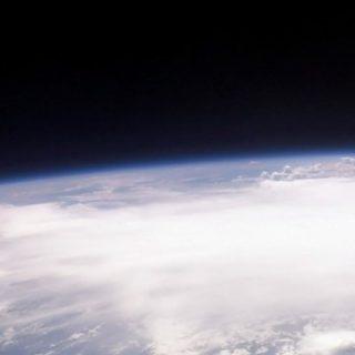宇宙地球の iPhone4s 壁紙
