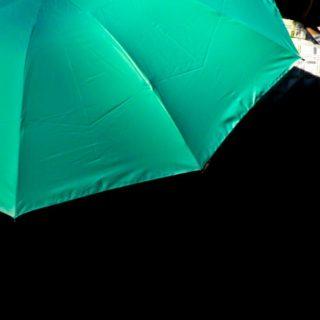 風景傘緑の iPhone4s 壁紙