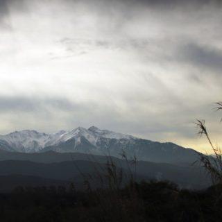 風景山の iPhone4s 壁紙