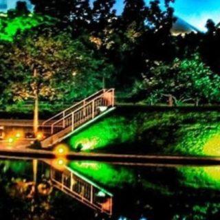 風景川の iPhone4s 壁紙