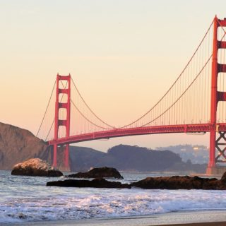 風景吊橋海の iPhone5s / iPhone5c / iPhone5 壁紙
