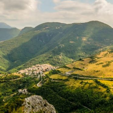 景色山緑の iPhone6s / iPhone6 壁紙